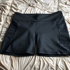 Fabletics black Shorts with pockets